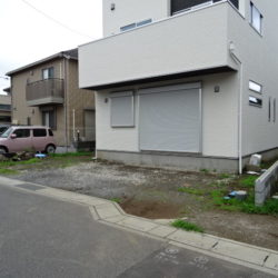 駐車スペース (撮影時7/5時点 工事前)